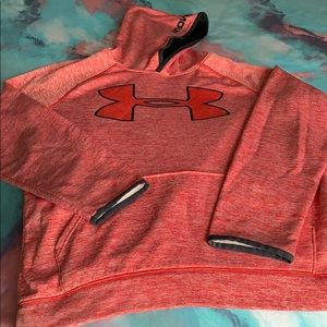 💙Boys Under Armour Hooded sweatshirt